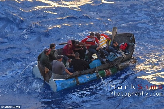 Royal Caribbean Cruise Ship Stops To Rescue Eight Cuban Refugees - Cruise ship rescue